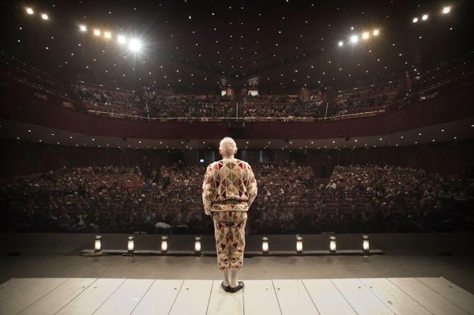 Uno sguardo all'indietro – Dalla tempesta del progresso alle radici del teatro | Cicli di lezioni a cura del prof. Mastropasqua | Dal 27 Novembre